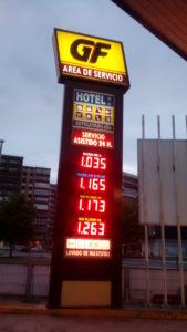 Monolito para gasolinera